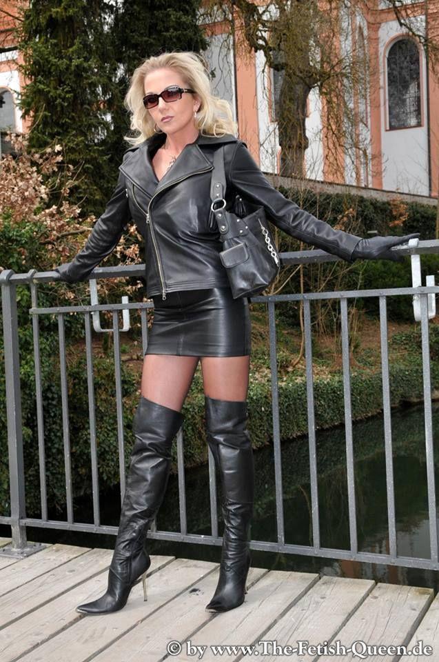 Heike Fetish Queen In Black Leather Jacket Short Skirt