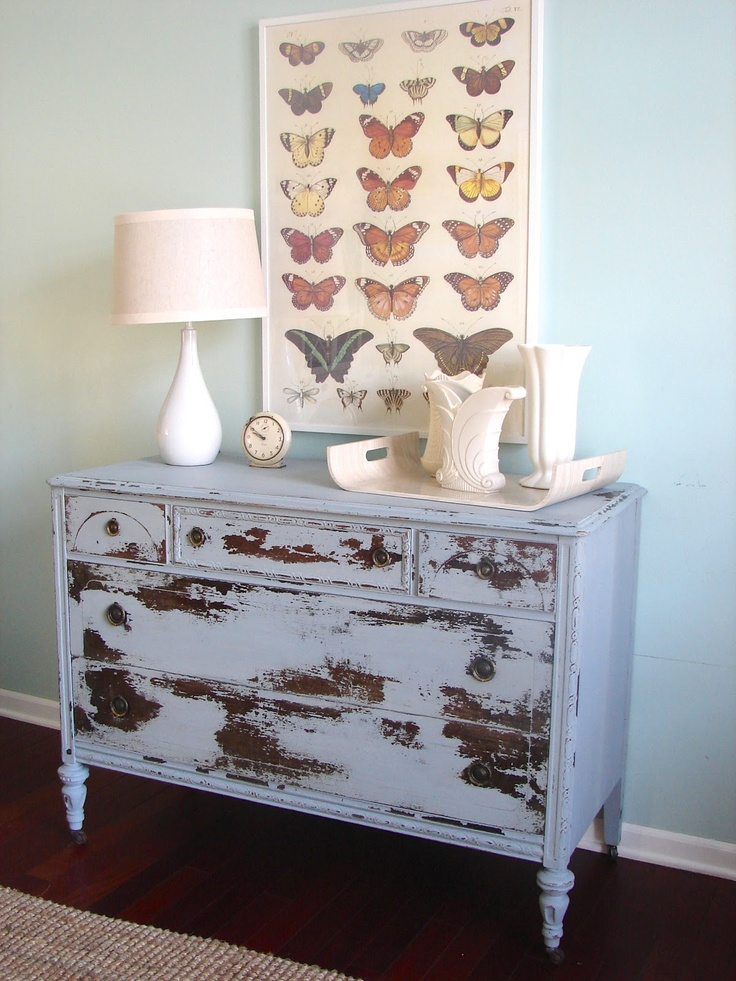 Distressed Vintage Dresser, DIY, MILK Paint, Farmhouse Style, Country Chic
