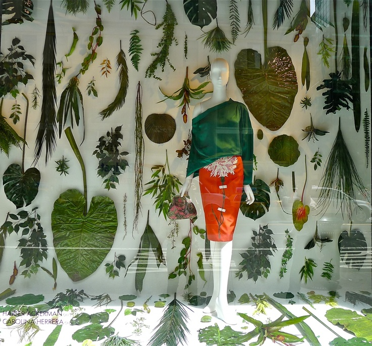 gorgeous Bergdorf window (Carolina Herrera) on Slim Paley's great blog!