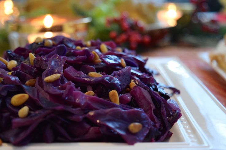 Lombarda Braseada - Braised Red Cabbage - http://boilandtrouble.com/lombarda-braseada-braised-red-cabbage/