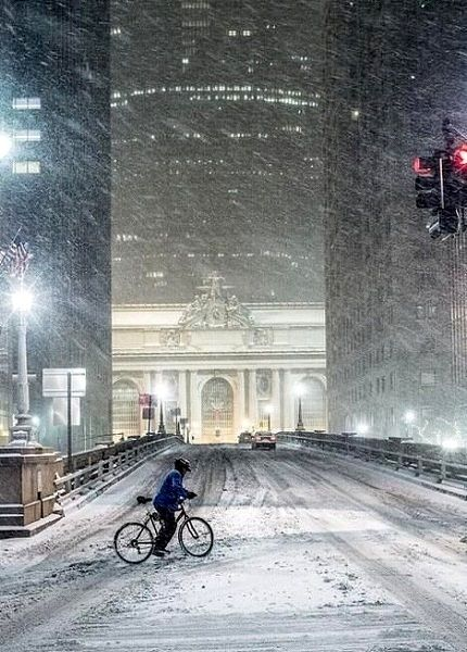 In full snow storm.. Grand Central Station, New York City, U.S