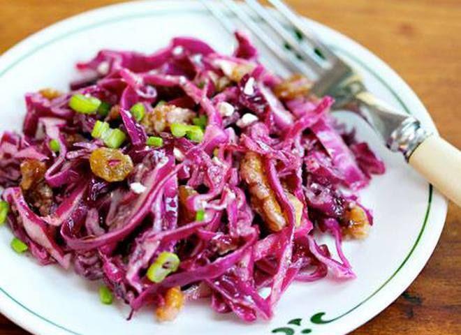 Салат с красной капустой и кукурузой   Ссылка на рецепт - https://recase.org/salat-s-krasnoj-kapustoj-i-kukuruzoj/  #Салаты #блюдо #кухня #пища #рецепты #кулинария #еда #блюда #food #cook
