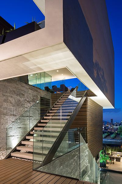 Contemporary architecture at its best: breathtaking house in Mexico by GLR arquitectos | 10 Stunning Homes