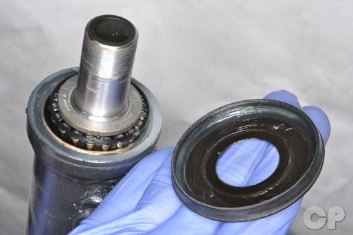 Suzuki DR200SE Steering Head Bearing Replacement