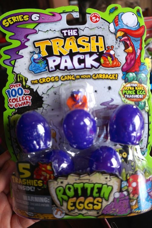 Series 6 Trash Pack Out & the Trash Pack Junk Truck! {Review} (& Giveaway Ends 4/28)