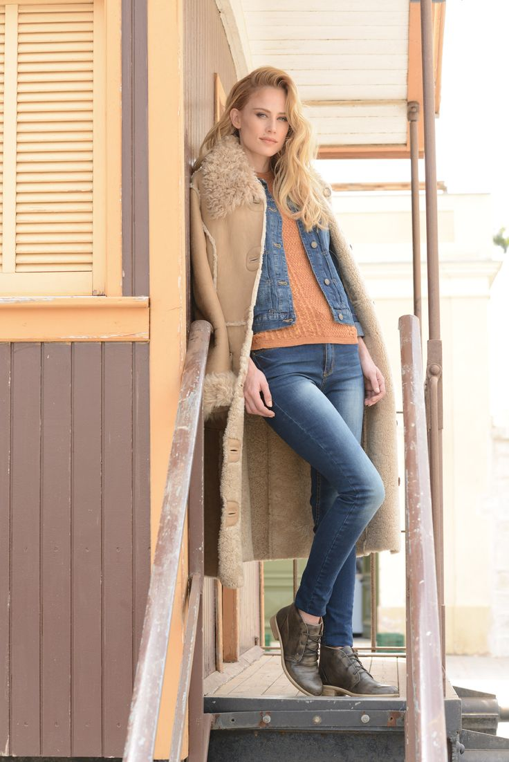NAOT - LEVANTO Vintage Grey (Lifestyle Image) #NAOT #footwear #shoes #boots #orthoticfriendly #removableinnersole #fashion #comfort #bestseller #travel #shearling #doubledenim #style #country #israel #supermodel