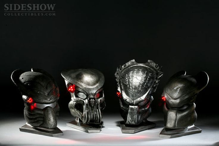 The Predator Mask Prop Replica Collection | Sideshow Collectibles