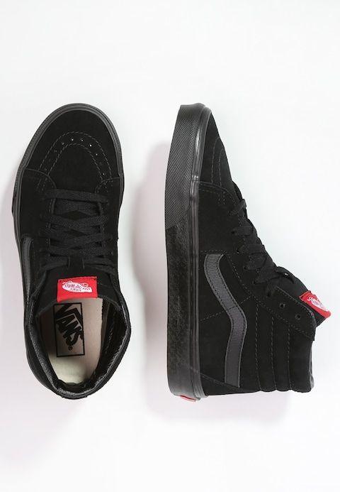 sneakers str 42