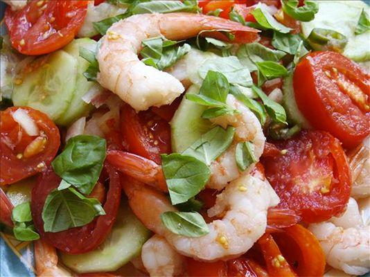 Thai-Style Tomato and Shrimp Salad on FabFitFun.com