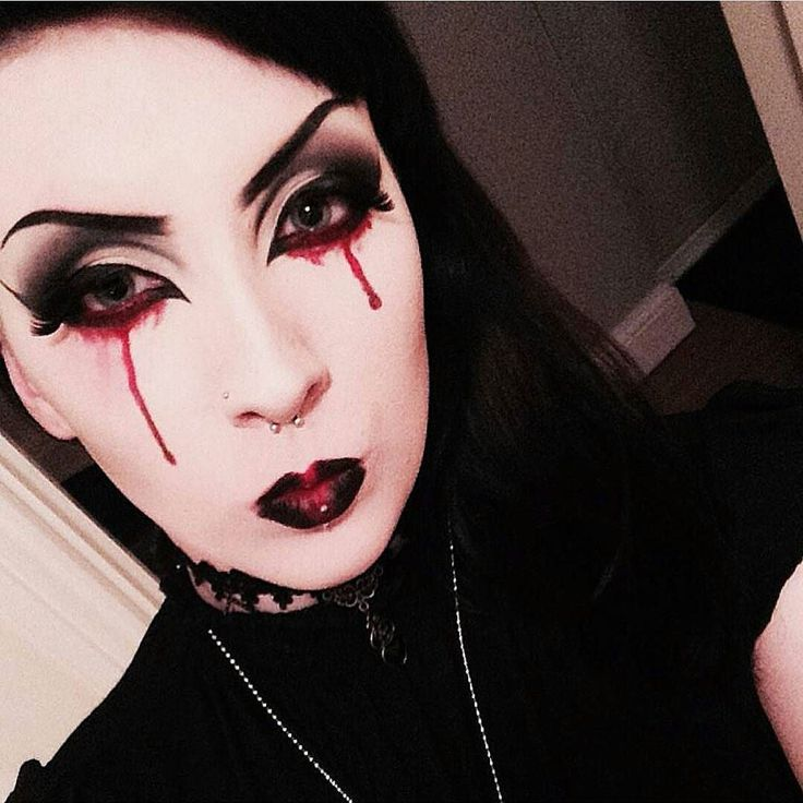 1187 best gothic makeup images on Pinterest | Goth makeup, Beauty ...