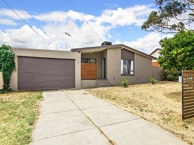 Home in #ChristieDowns sold by Graeme Walker from the #Professionals #Christies #Beach, #RealEstate agency - 08 8382 3773.