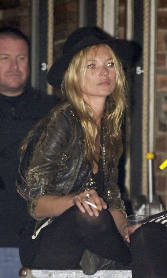 Kate Moss Watching Pete Doherty Perform With The Babyshambles, 2007