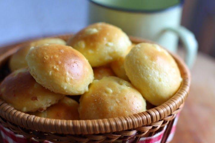 Pitadinha: Pãozinho de ricota sem trigo #SegundaLevinha (amido, leite, leite em pó, ricota, ov)