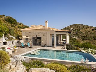 New for Summer 2017! Couples Only Villa Eros Old Skala with Stunning Sea Views