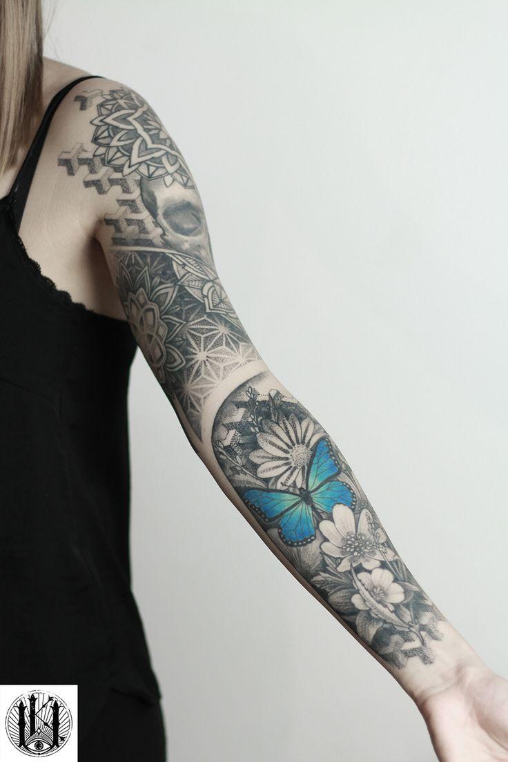 #tattoo #tatuaz #warszawa #warsaw #rose #roza #geometria #geometry #dotwork #kropk #geometryczny #rekaw #sleeve #mandala #pattern #patterns