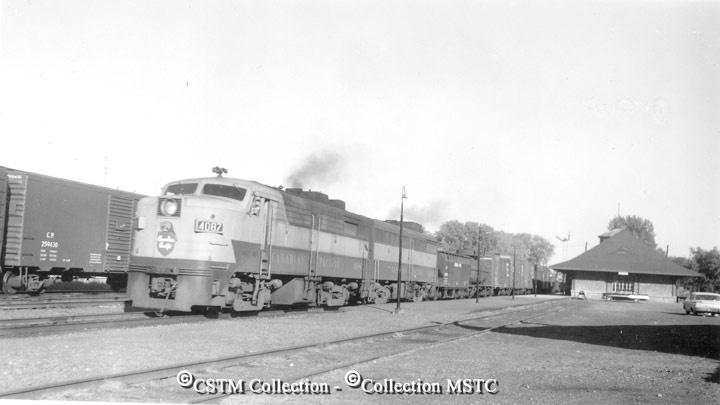Location:  Renfrew, ON  Railway Name:  CANADIAN PACIFIC RAILWAY CO.  Date:  1965-10-00