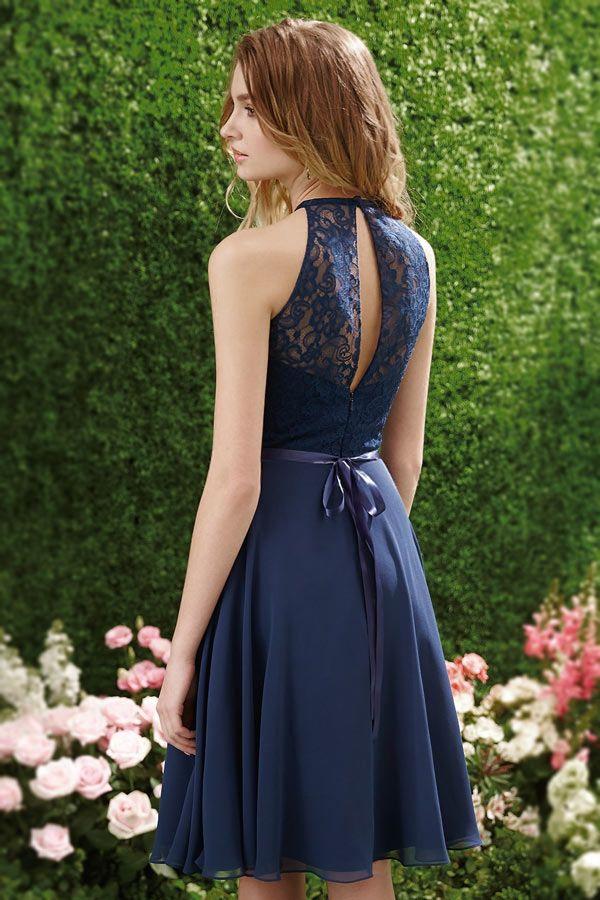 Tendance robe courte bleu nuit chic à top ajouré
