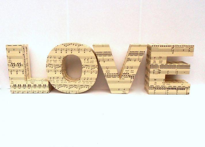 music-themed-wedding-accessories-ceremony-reception-decor-love-sign__full.jpeg (712×510)