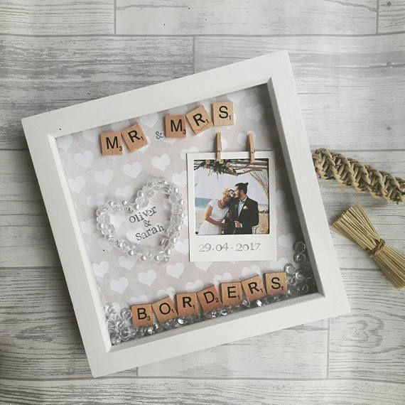 10 Wonderful Diy Gift Ideas To Make Your Wedding Anniversary Special Personalized Wedding Gifts Wedding Frames Newlywed Gifts