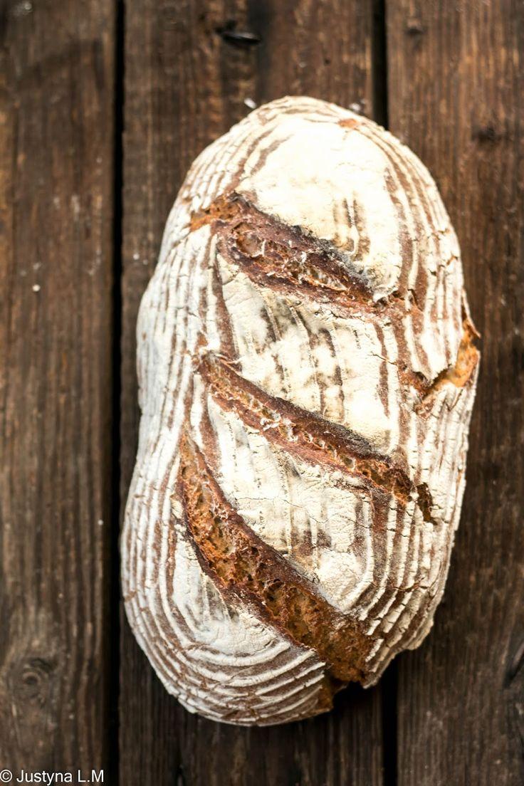 Chleb żytni na zakwasie żytnim - Gotowanie i pieczenie - I love it .