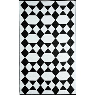 Woven B.B. Begonia Monte Carlo White Recycled Mat (4 x 6) | Overstock.com