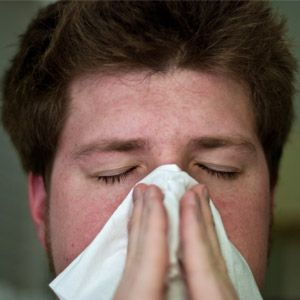 The Top 8 Symptoms of Dust Allergies | Home Air Guides