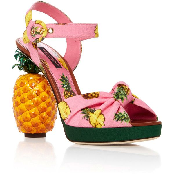 Dolce & Gabbana Pineapple Sandals (6.270 BRL) ❤ liked on Polyvore featuring shoes, sandals, heels, light pink, pineapple shoes, crepes shoes, light pink sandals, light pink shoes and pineapple print shoes