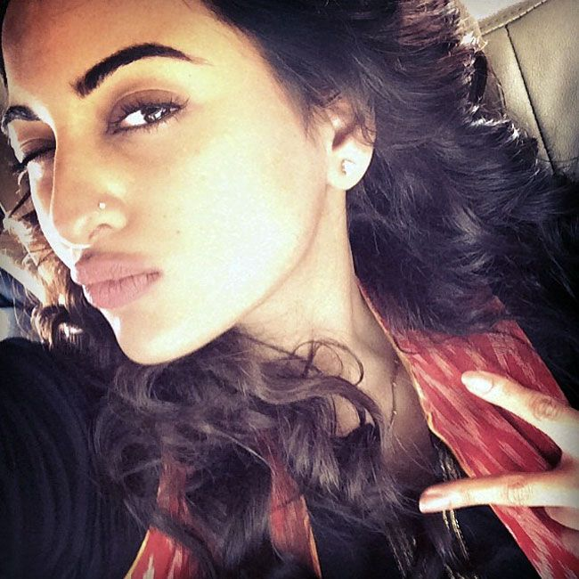 Sonakshi Sinha winks, pouts, poses and shows some 'tevar' on the sets of Tevar. #Style #Bollywood #Fashion #Beauty #Selfie