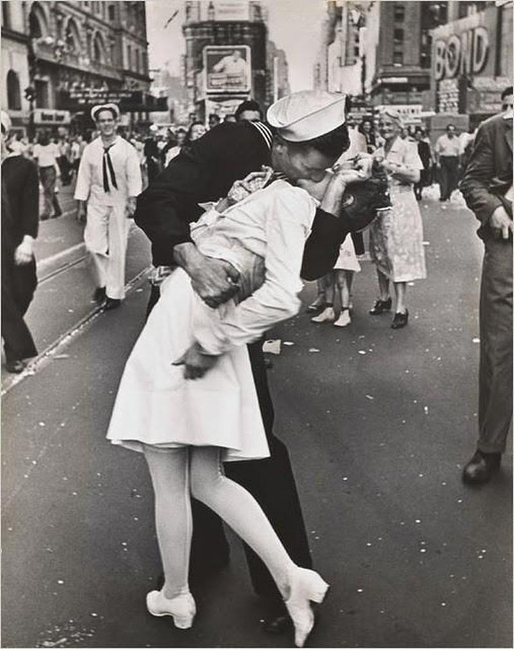 :)Photos, The Kisses, Time Squares, New York Cities, Life Magazines, A Kisses, Pictures, Alfred Eisenstaedt, Letters To Juliet