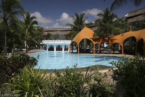 African beach safari can only get better at the South of Mombasa Coast in Kenya! Check this wonderful hotel and the offers are unbelievable. Meet the Sun and the White Sands!   info@fountainsafaris.com