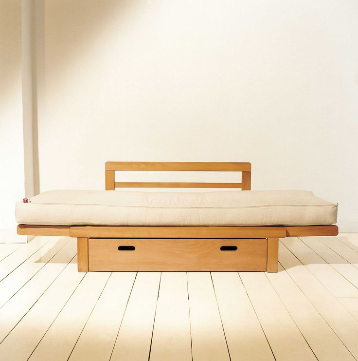 Divano-letto MAGO aperto diventa un letto singolo http://www.onfuton.com/portfolio_item/mago/