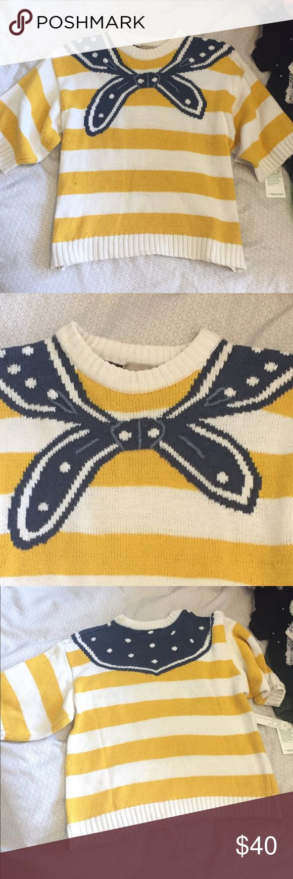 Awesome vintage preppy sweater I feel like I'd see Zoey Deschanel in this... great vintage piece. Shows some wear on neckline. Vintage Sweaters Crew & Scoop Necks