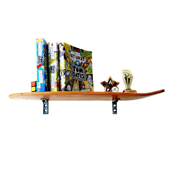 The rad choice for your boy's room, our deck shelf is a fully functional old-style skate board constructed from sturdy Canadian maple plywood with a clear
