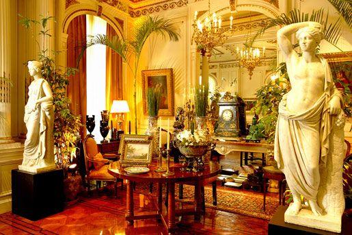 Casa de Arte e Cultura Julieta de Serpa  http://www.julietadeserpa.com.br/index.php