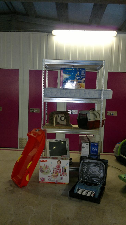 www.todokb.com libera espacio en tu hogar alquilando una unidad de almacenamiento. Trasteros y almacenes de alquiler en Pamplona desde 1m y por el tiempo que necesites.