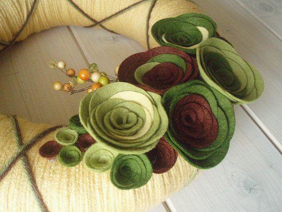 Yarn Wreath Felt Handmade Door Decoration  Greenery by ItzFitz