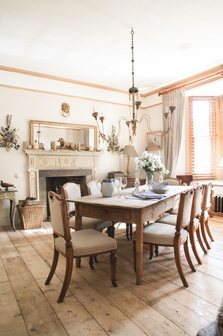 Antiques Dealers Spencer And Freya Swaffer Home Is A Considered Elegant Space Packed With Ideas
