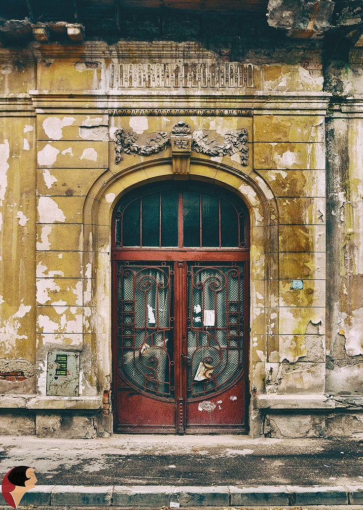 Pe Str. Caimatei, București.