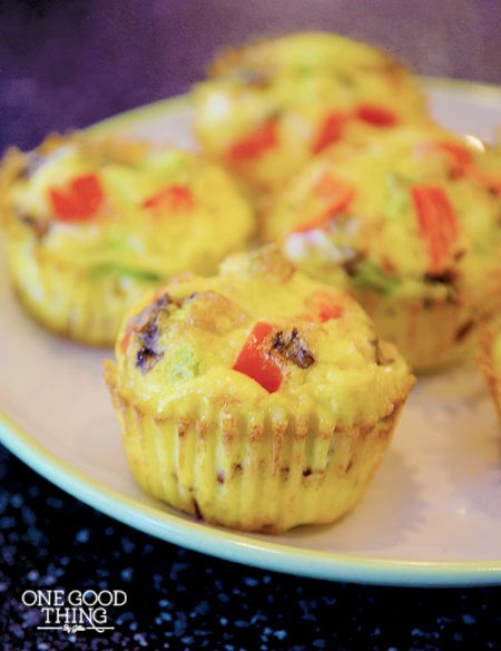 Mini Omelet Muffins {Gluten Free}  These are great for a quick and easy breakfast!!