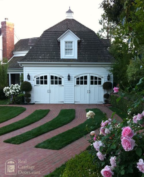 grass and brick driveway - via Design Chic
