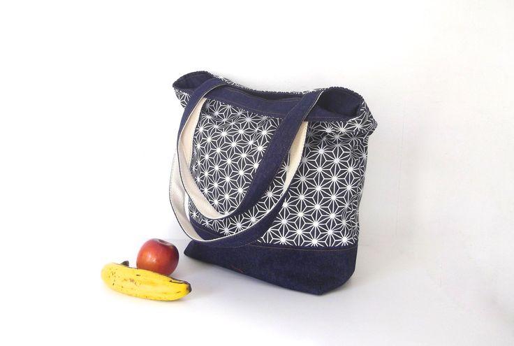 fabric totes, zipper totes, shoulder bag, japanese pattern fabric bag, screen print totes, mothers bag, everyday bag, large tote bag by UMEHARAKABAN on Etsy