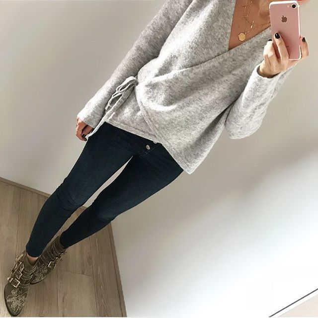 Cache-Cœur   #cos | jean #zara | boots #chloe #susanna   #ootd #outfit #outfitpost #outfitoftheday #todayimwearing #todaysoutfit  #look #instalook #daily #dailylook #igdaily #instafashion #fashion #fashionista #style #igstyle #instastyle #mode    #Regram via @flaflavflavia