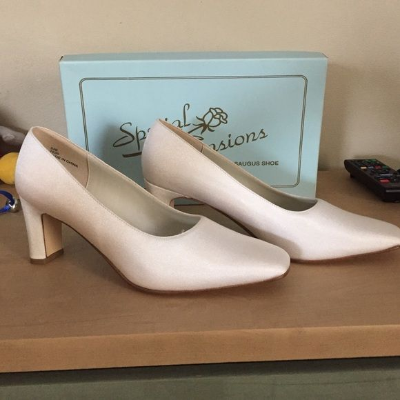 Special occasion shoes Worn 1 time for a bridal fashion show . Ivory in color Shoes Heels