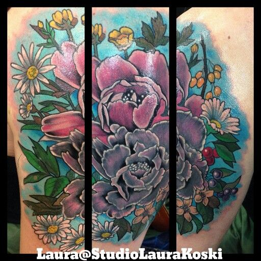 Peonys and daisies, nature inspired Coverup tattoo from Laura Koski/Studio Laura Koski