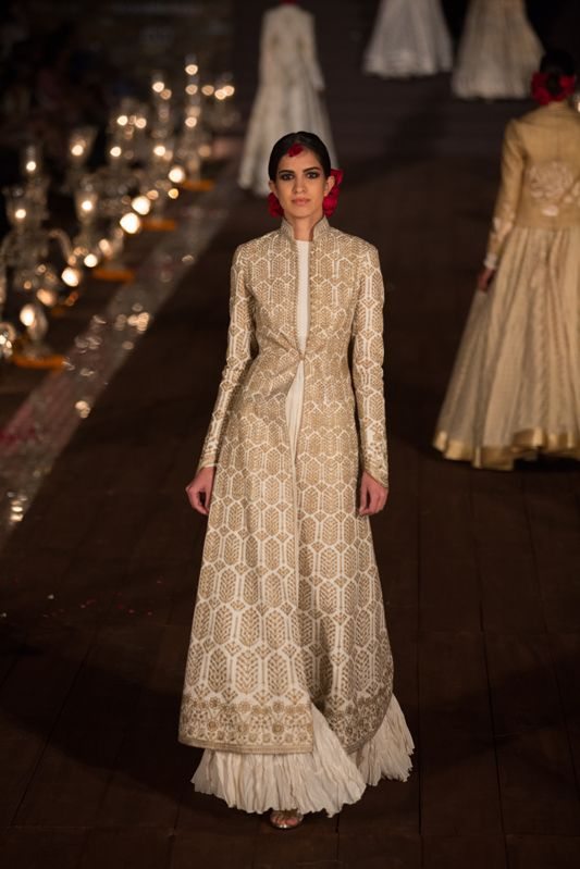 WIFW'15: Rohit Bal #grandfinale #rohitbal #WIFWSS15  beneath my chanderi jacket i can get something like this made <3