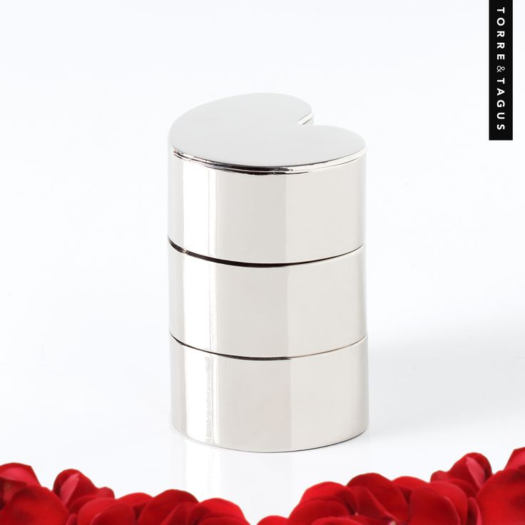 Triple your love with our Heart Three Tier Stacking Box. The perfect gift for your sweetheart to store those treasured pieces. #TorreAndTagus #ValentinesDay #HeartBox www.torretagus.com