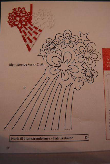 Fru Kubiks lækkerier: Flettet julehjerte med blomster og stjerner