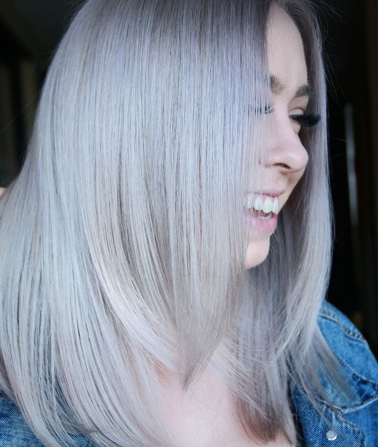 Someone Went Platinum Tones 9p 10v And A Little 8gv Over Level 10 11 Bleach Out From Scalp Have You Tried Aloxxi Yet Hair Styles Long Hair Styles Hair