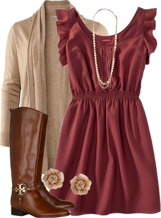 """So beautifully #cozy and feminine for #fall and #winter! (Looks like something Scarlett from """"Nashville"""" would wear, right down to the adorable earrings.) -P.S."""