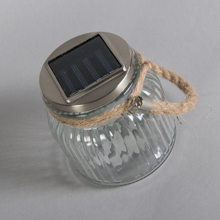 Bekanntlich gibt es zu jedem Topf sprichwörtlich einen passenden Deckel... Aber hat der Deckel auch eine Solarzelle, einen Dämmerungsschalter und zu guter Letzt ein eingebautes #LED-Modul? Dies alles bringt die #Außenleuchte Poti mit... Ihr idealer Begleiter für den Garten! #lampenundleuchten.at #Garten #Lampe